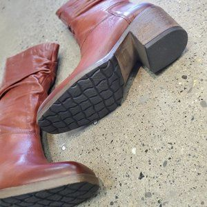 Leather boots by Mjus